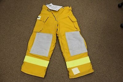 Quest fire turnout gear / Pants 34-36  length 29  with thermal liner NOS w/ tags