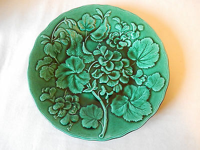 Very Attractive Late Victorian Majolica Style Plate Classic Flower/Leaf Design