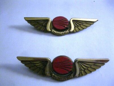 Pair (2) Continental Airlines Plastic Junior Pilot Kiddie Wings Gold Color Pins