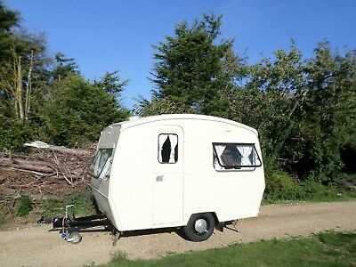 CUTE 1969 VINTAGE SPRITE 2 +2 BERTH CLASSIC 10ft CARAVAN RETRO AWNING DELIVERY