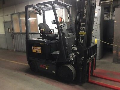 2015 Nissan 4000 Lb Electric Forklift with Side Shift and Triple Mast
