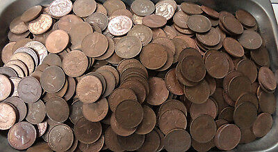 #19. About 4.5  Kilograms  Australian Kangaroo Design Halfpenny Coins, About 800