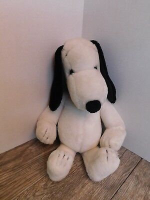 """Vintage 1968 Peanuts Snoopy Plush Doll by United Feature Syndicates 20"""" Tall"""