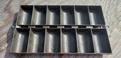 Antique Rustic Cast Iron French Roll 12 Cup Muffin New England Gem Pan, Rare.