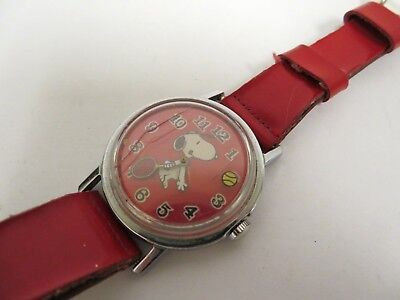 Vintage 1958 Snoopy Tennis Collectible Watch United Feature Syndicate Inc