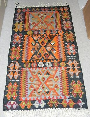 VINTAGE INDIAN MEXICO NATIVE AMERICAN HAND MADE WEAVED WOOL RUG 55 x 31