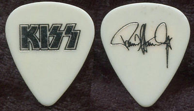 Kiss-Paul Stanley-World Domination Tour-Only Guitar Pick-White/silver-Rare Color