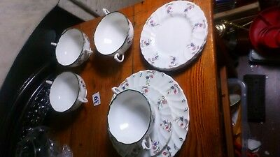 4 x WEDGWOOD Royal Tuscan Whitecliffe Twin Handled Soup Bowls & Plates