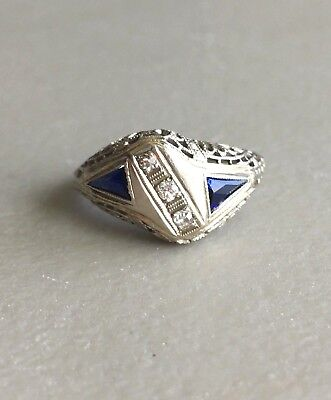 ART DECO 14K WHITE GOLD .08tcw OLD EUROPEAN CUT DIAMOND & BLUE STONE RING ~2.4g