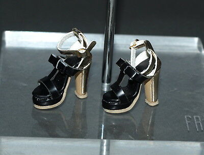 Fashion Royalty Giftset Fame And Fortune Vanessa FR2 ~ shoes 2