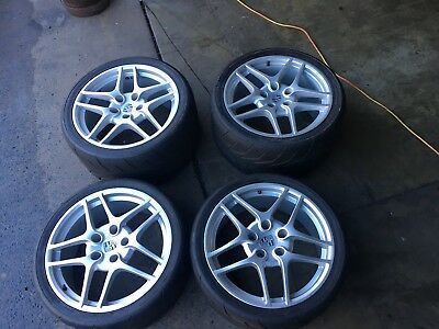 Porsche 997 gt3 road car wheels and tyres, Proxes R888