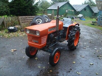 Kubota L200 Tractor 2Wd Diesel 20Hp 3 Cyl Pto 3Pt Linkage & Towbar Smart Tractor