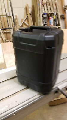 20 Litre Black Plastic Container, Can Jerry Drum with lids LOW PRICE
