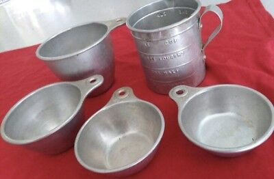 Vintage Tin Measuring Cups Set Of Four Mint