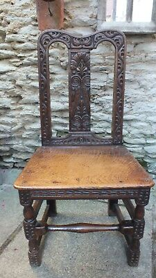 early 18th Century oak Carved chair