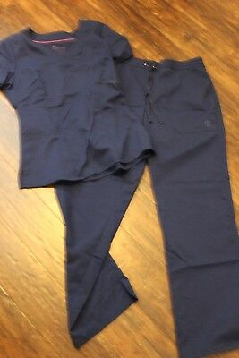 healing hands purple labelwomen's scrubs size small top and pants
