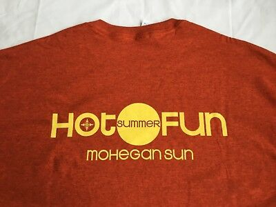 MOHEGAN SUN CASINO A World at Play * HOT SUMMER FUN * Orange  T-Shirt Adult XL