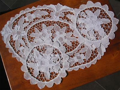 Vintage Set of Three DOILIES 'Point de Venice' Bobbin Lace NEVER USED Hand Made
