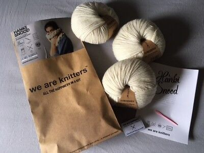 Hanki Snood Rundschal Loop Strickset wollweiß von We are knitters – NEU
