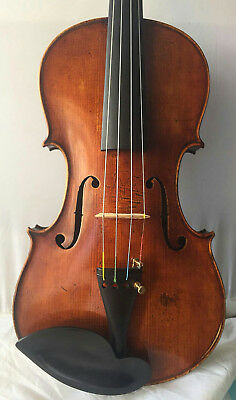 Very old violin for soloist !!!
