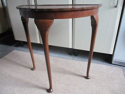 Antique hall table (three legs)
