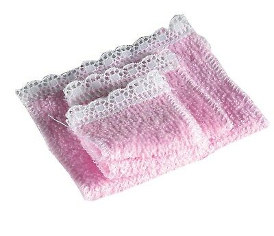 Dolls House Emporium Miniature 1/12th Scale Pink or Blue Set of 4 Towels
