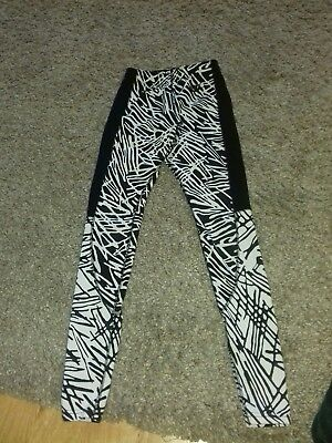 Nike just do it black and white Leggings Size xs