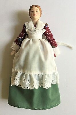 Avon Collectible Vintage ©1987 Victorian Style Lady Porcelain Doll 9 Inches