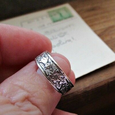 Vintage Uncas Sterling Silver Band Ring - Floral - Wedding Band - 1940s to 1950s