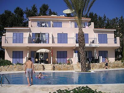 Paphos Self-Catering Poolside Villa Apartment To Rent For Holidays In Cyprus