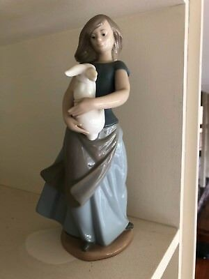 Nao Lladro Spain Porcelain Figurine Girl Holding Rabbit Original 1970s