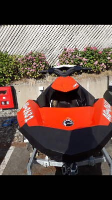 sea doo spark 2up with trailer- 2017 -8 hours use -new 2018