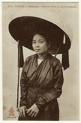 Portrait Of A Pretty Vietnamese Woman Wearing A Giant Hat In Haiphong