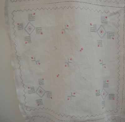 ANTIQUE HOMESPUN LINEN TABLECLOTH w/ PALE COLORED HAND EMBROIDERY TT240