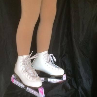 In The Boot Ice Skating Tights 100 Denier Age5-8 To Age 11-14 P & P