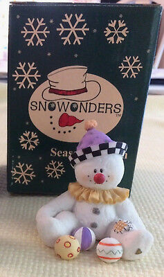 Sarahs Attic SnoWonders Snowman Figurine Fall Smiley