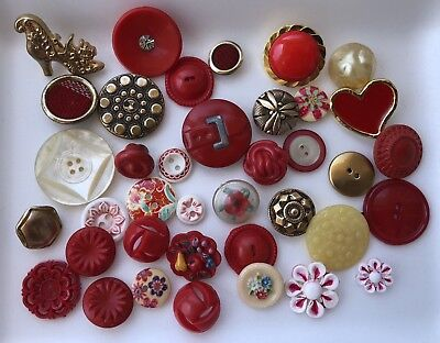 Vintage Button Lot Of 38 Mixed See Photos 👀