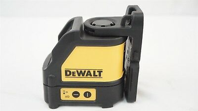 DeWalt DW088 Self Leveling Horizontal/Vertical Laser Level w/ Magnetic Bracket