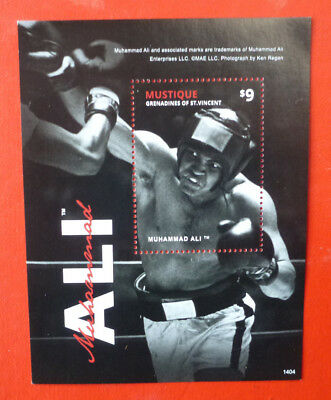 2014 St VINCENT MUHAMMAH ALI MUSTIQUE STAMP MINI SHEET 2