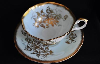 Beautiful Paragon Wide-Mouth Mint Gold & White Tea Cup & Saucer Numbered D120J