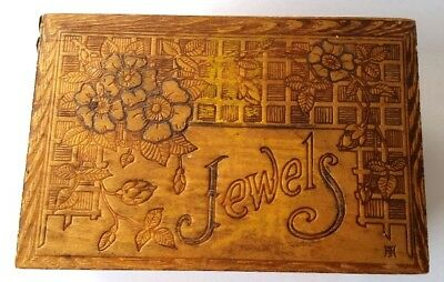 Vintage, 1915, Pyrography Burned Wood Box Jewels With Floral Decor
