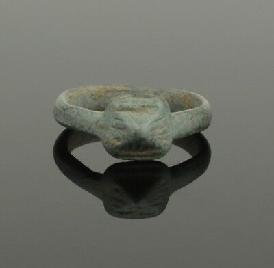 Ancient Roman Bronze Ring - Circa 2Nd Century Ad  037