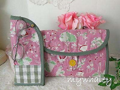 SALE! 2pc SET *ALICE IN WONDERLAND Quilted Cosmetic Bag & Eyeglass Case NEW!