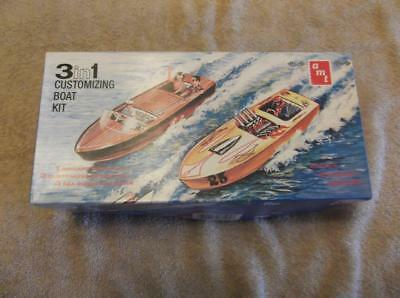AMT ERTL 3 in 1 Customizing Boat Kit #8125 1:25 scale