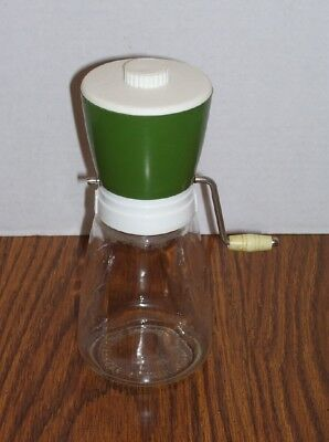 Vintage Federal Housewares Nut Food Spice Chopper Grinder Mill with lid - green