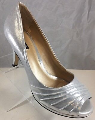 8ac4b3e8c62b Alex Marie 8.5 Shiny Silver 2 1 2 Inches Pumps Heels Womens Bridal Wedding  Shoes
