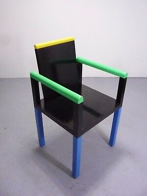 Memphis Milano, Palace chair, design George James Sowden 1983