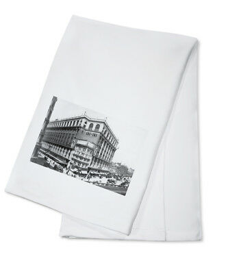 Macy's on Herald Square NY - Vintage Photo (100% Cotton Towel Absorbent)
