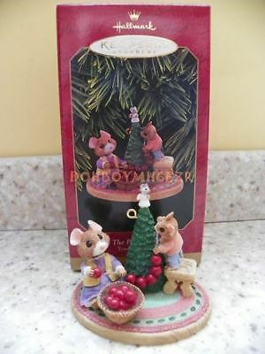 Hallmark 1997 The Perfect Tree Tender Touches Mouse Mice Christmas Ornament