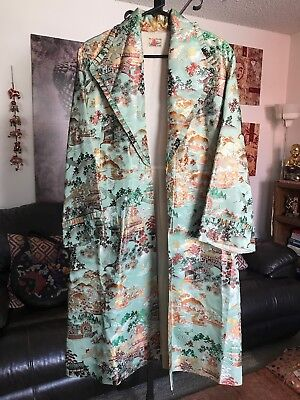 Vintage Asian Village Embroidered Long Kimono Robe Coat
